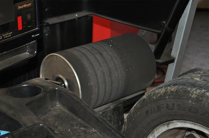 Centriranje pnevmatike - simulacija voznih sil
